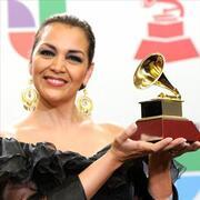 Aida Cuevas Radio
