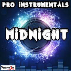 Midnight (Karaoke Version) [Originally Performed By Coldplay]