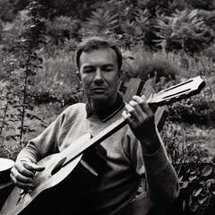 Pete Seeger: A Link In The Chain
