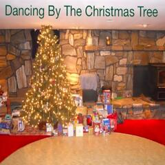 Dancing By the Christmas Tree (feat. Cre8tv1)