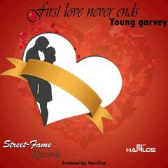 First Love Never Ends - Single