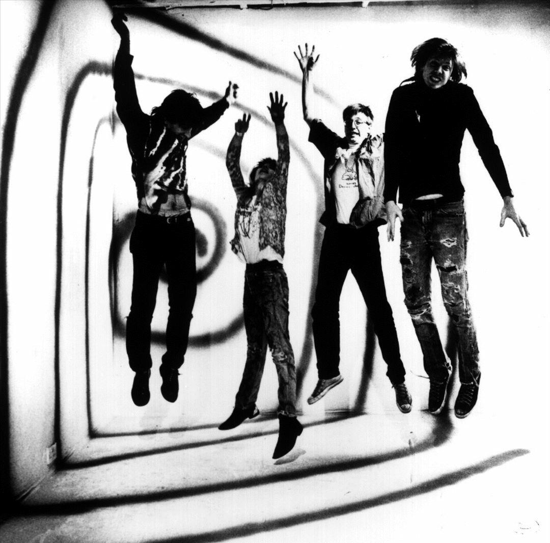 Sonic Youth Radio: Listen to Free Music & Get The Latest Info