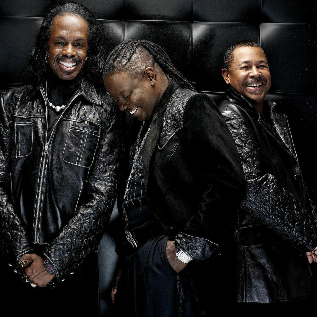 earth wind and fire free music